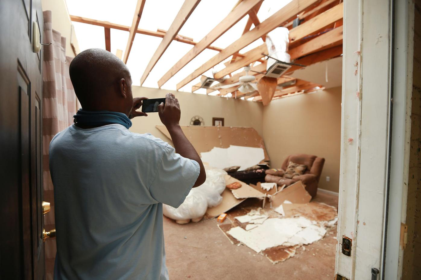 djr-2021-05-04-news-tupelo-tornado-arp2