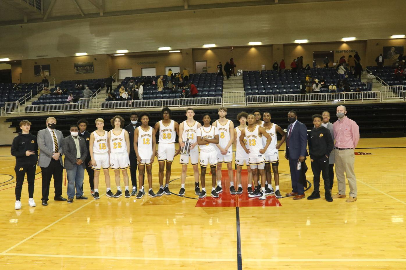 Pontotoc Boys Basketball Team with Trophy