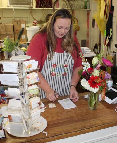 mcj-2018-09-19-news-corner-flowers-business-of-week-farnham