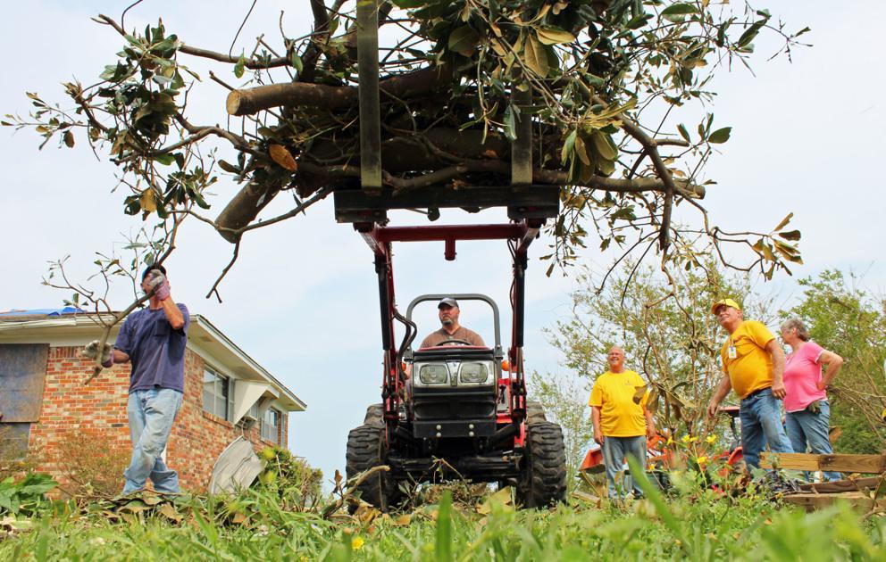 Volunteer effort pours in to help with storm relief