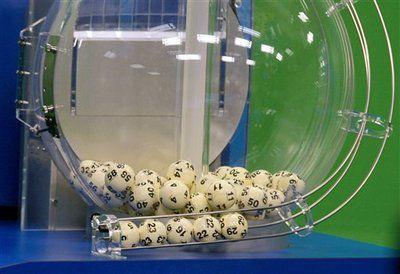 2 lucky winners for record Powerball jackpot