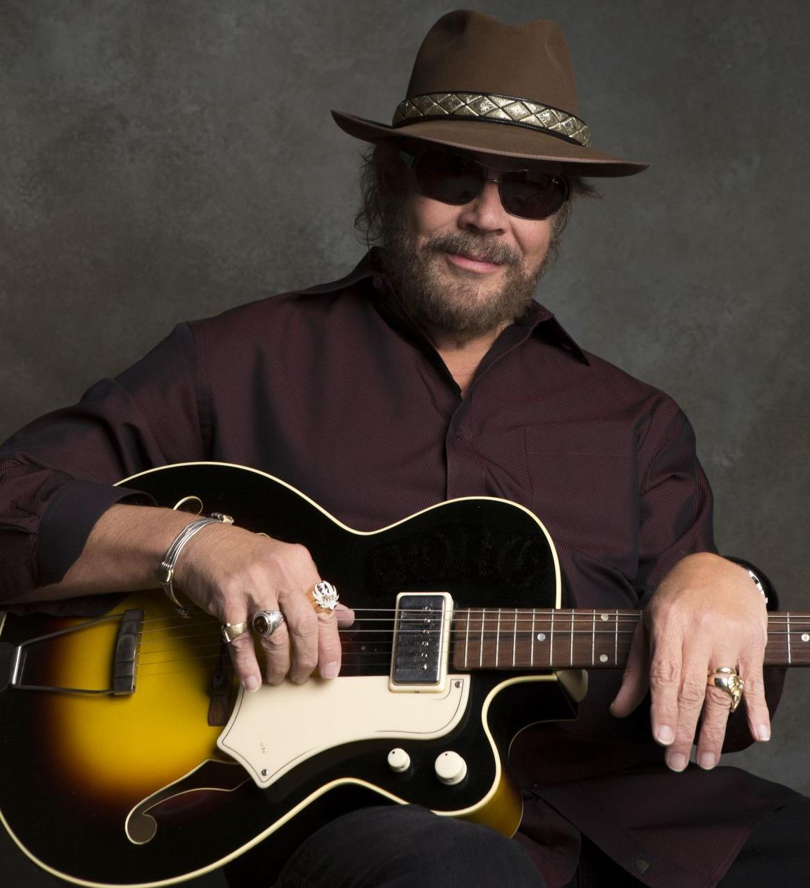 De 70-años 188 cm de altura Hank Williams Jr en 2020 foto