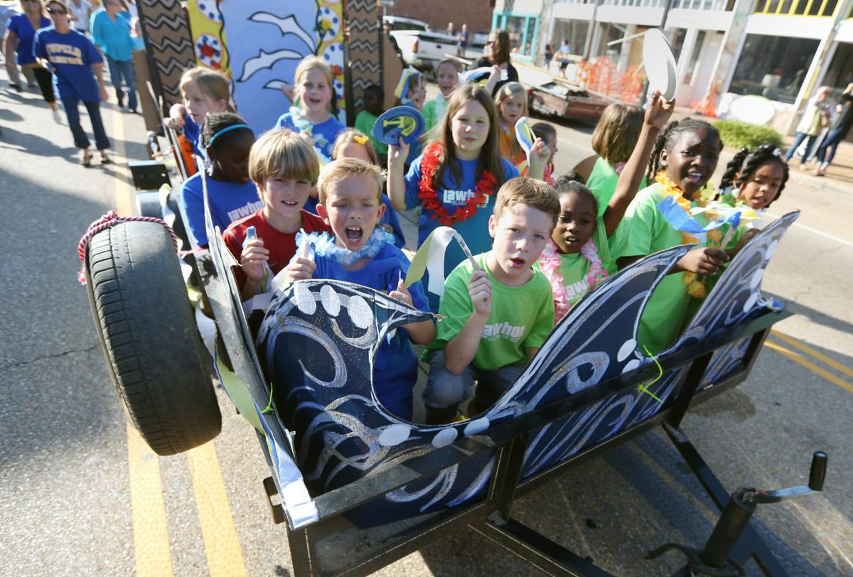 Photo Gallery: Tupelo homecoming parade