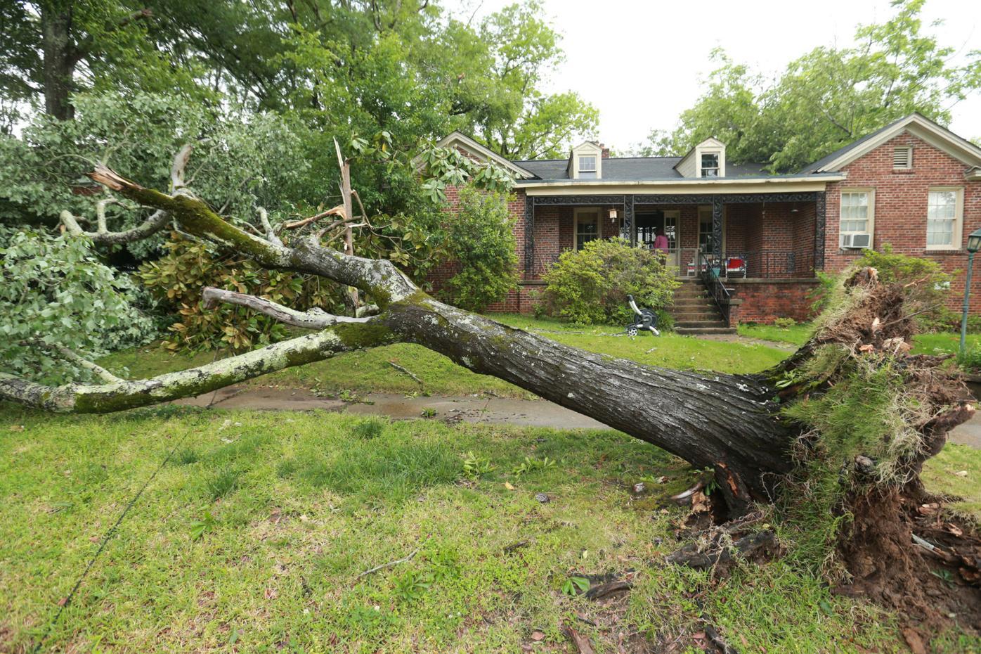 djr-2021-05-04-news-tornado-twp5