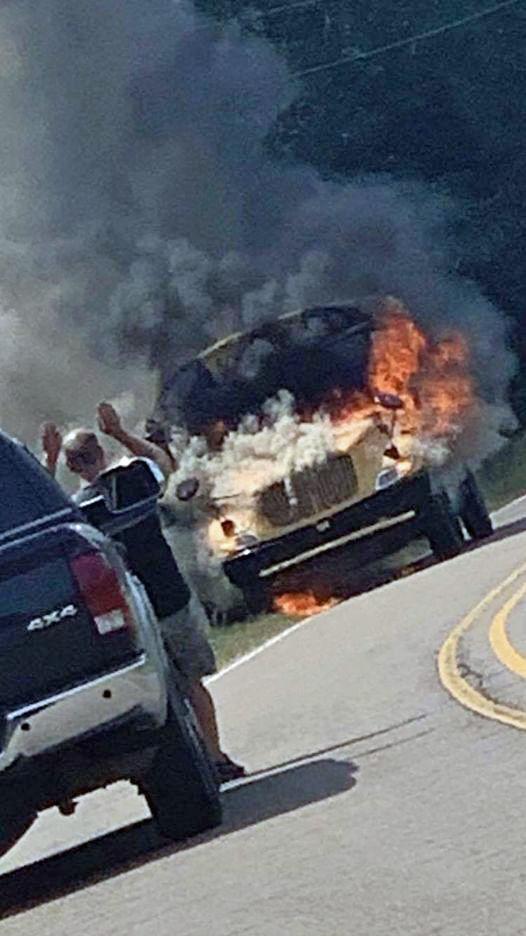 mcj-2020-09-09-news-smithville-bus-fire-flames