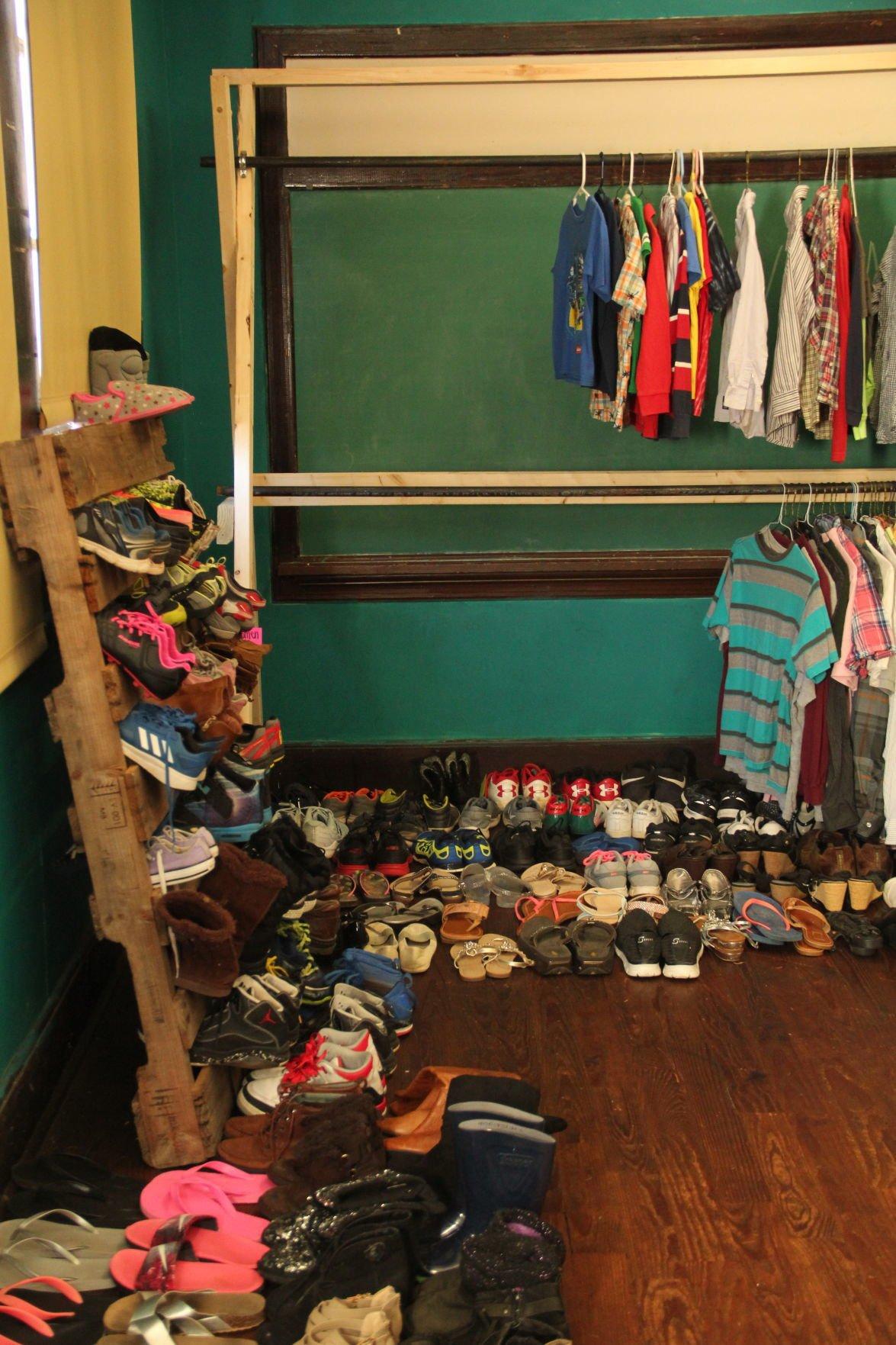 Clothes closet 01