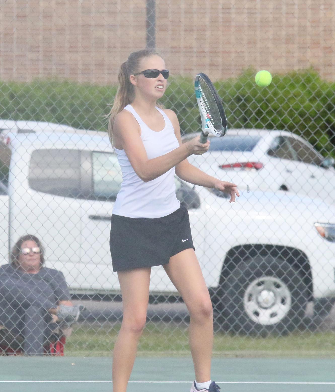mcj-2021-04-28-sports-amory-tennis2