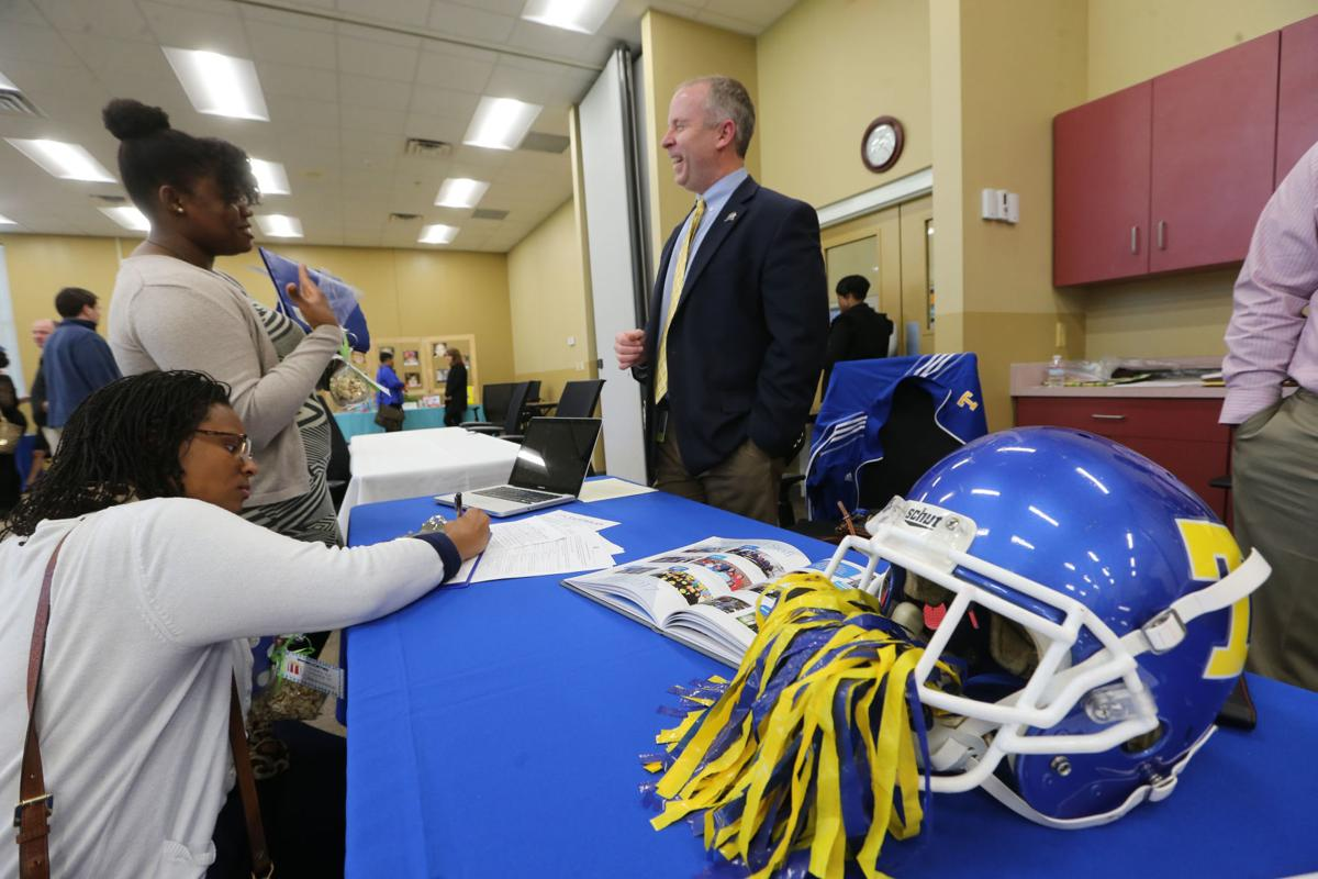 At Tupelo schools job fair, everyone tries to stand out   News