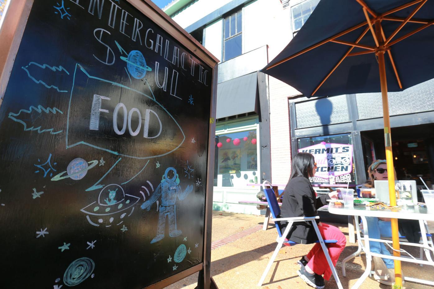 djr-2020-11-22-news-outdoor-dining-twp2