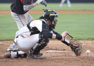 IAHS drills Shannon 10-0, 12-0 to improve in division play