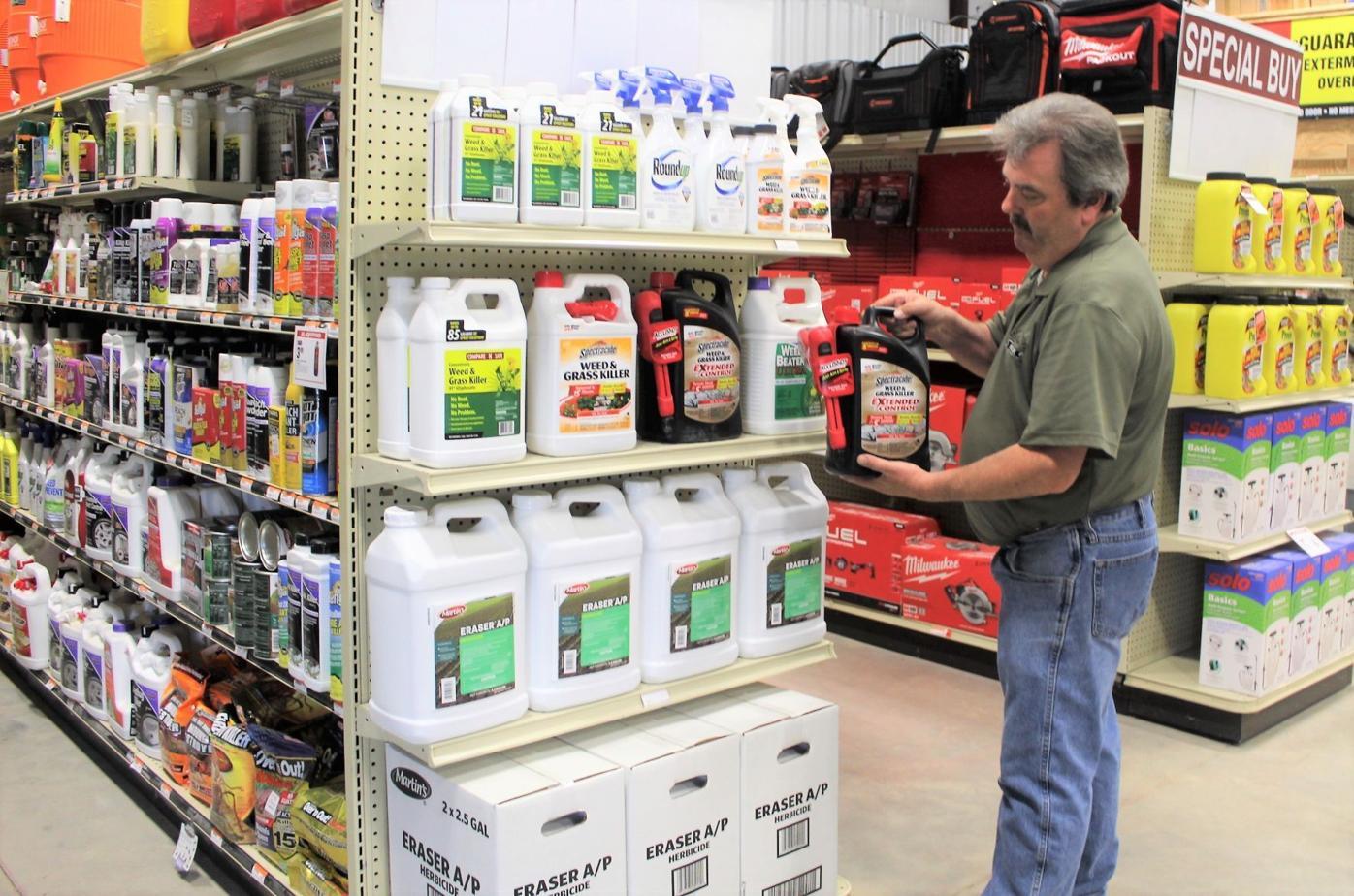 mcj-2021-05-05-news-business-nettleton-hardware-herbicides
