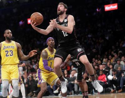 0a64e777774e D Angelo Russell helps Nets hold off Lakers for 6-game winning streak