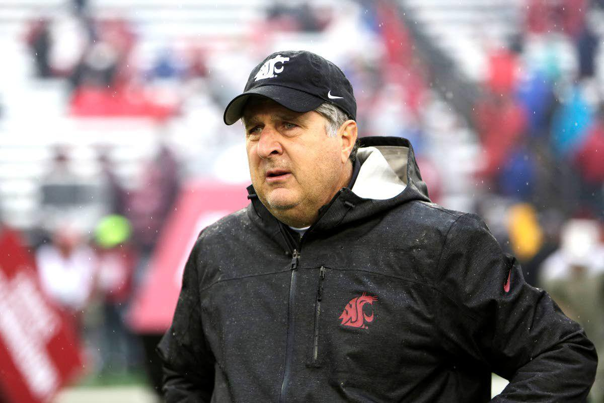 Leach agrees to contract extension