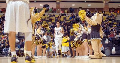 'Basketball or Nothing' covers Navajo hoops dreams