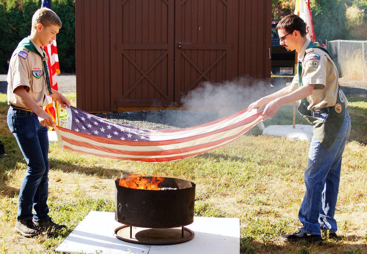 Scouts teach proper flag retirement