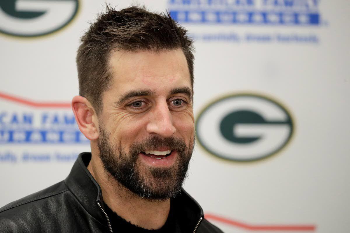 Rodgers: Draft 'complicates' things