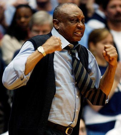 John Chaney, commanding Temple basketball coach, dies