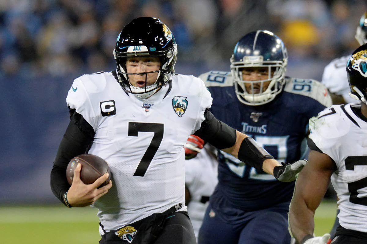 AP: Jaguars dumping QB Nick Foles in trade to Bears