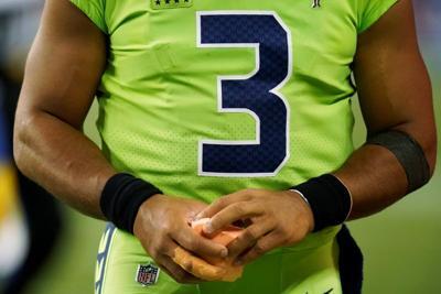 Hawks' Russell Wilson has surgery on injured finger