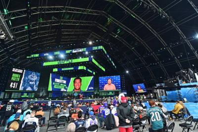 Seahawks make most of 3 picks and hit needs in NFL draft