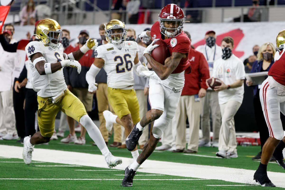 Smith becomes first wide receiver to win Heisman in 29 years