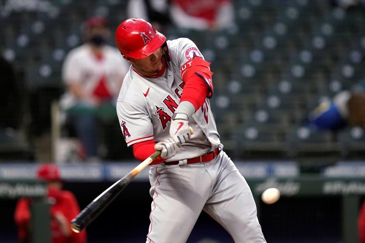 Walsh, Trout power Angels to win against Mariners