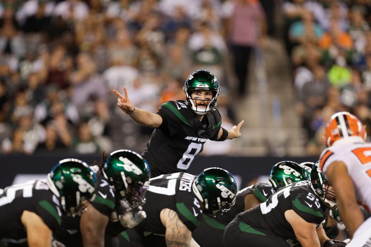 Falk steps in for Jets