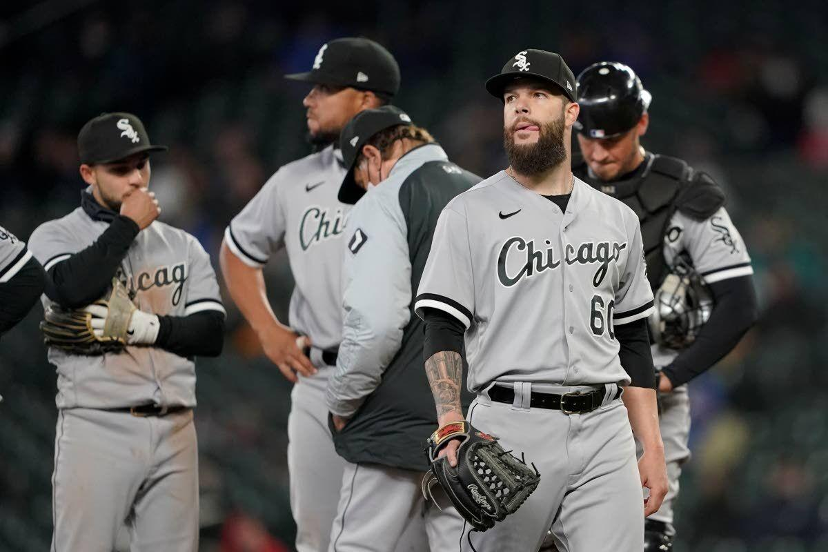 Mariners avoid sweep at home with 7-run sixth inning