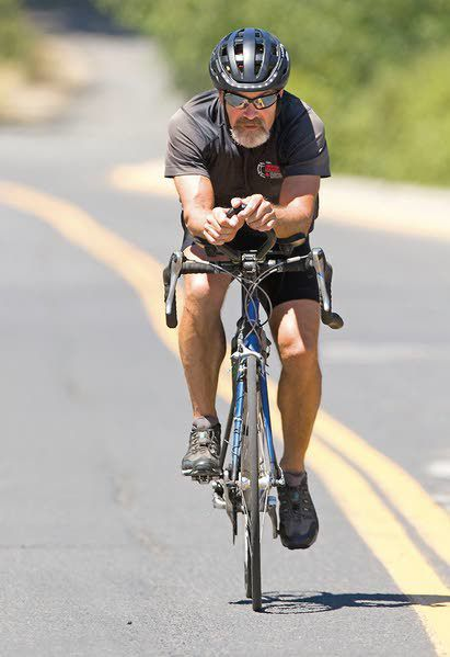 Moscow city councilman bikes across US