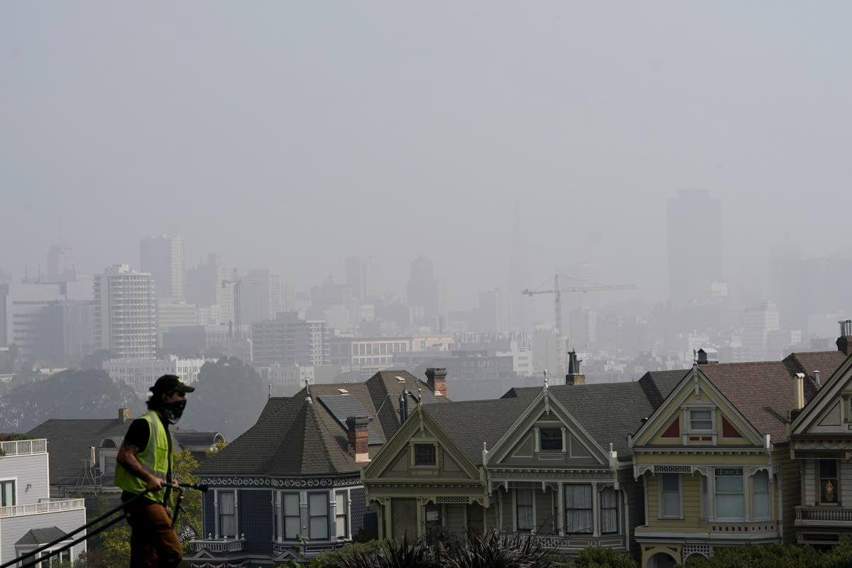 Bad air from West's fires won't ease up