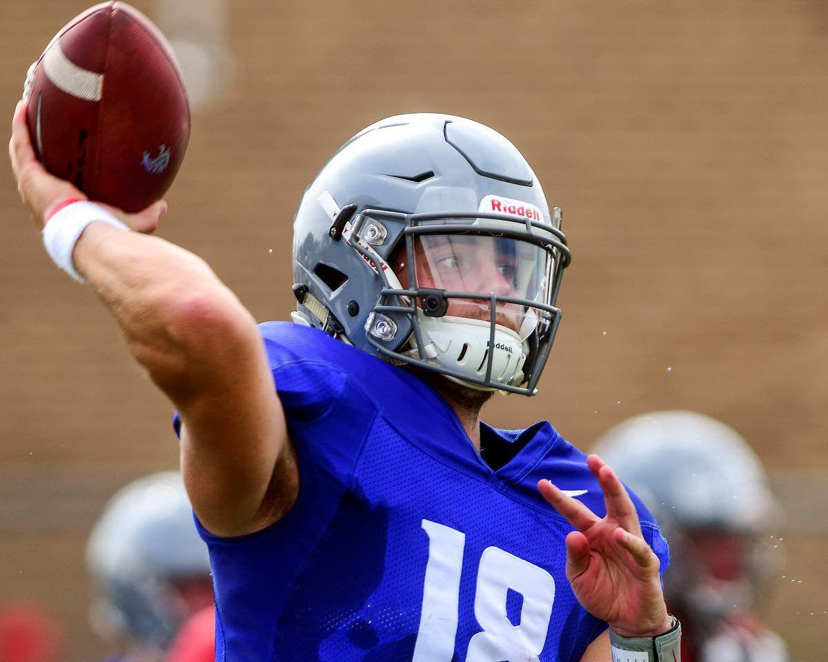 WSU quarterback Gordon is taking some cues from Minshew