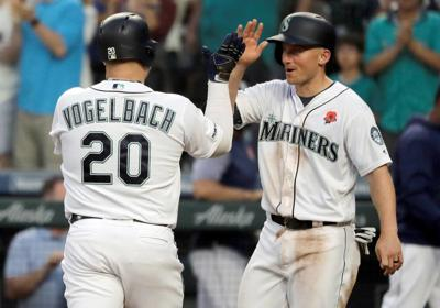 M's beat Rangers to snap 6-game skid