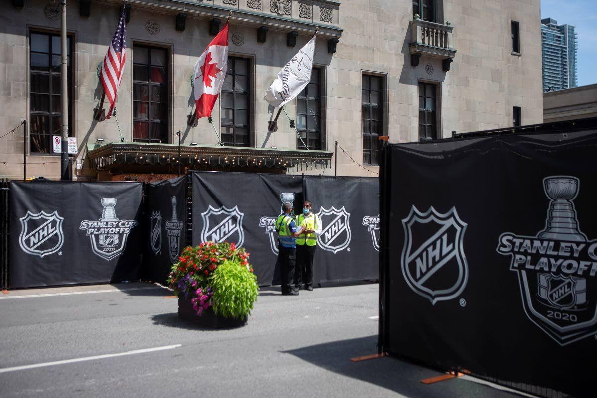 Bubble hockey begins as NHL enters quarantine