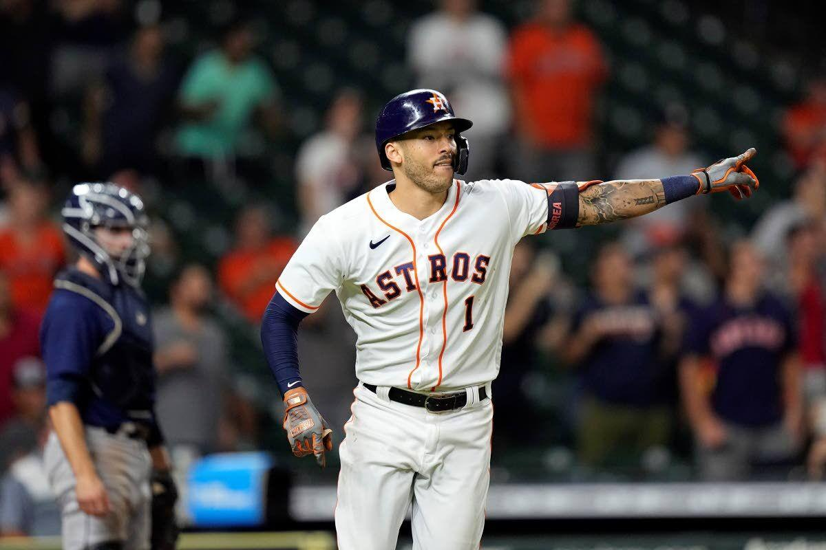 Astros rally past M's 5-4