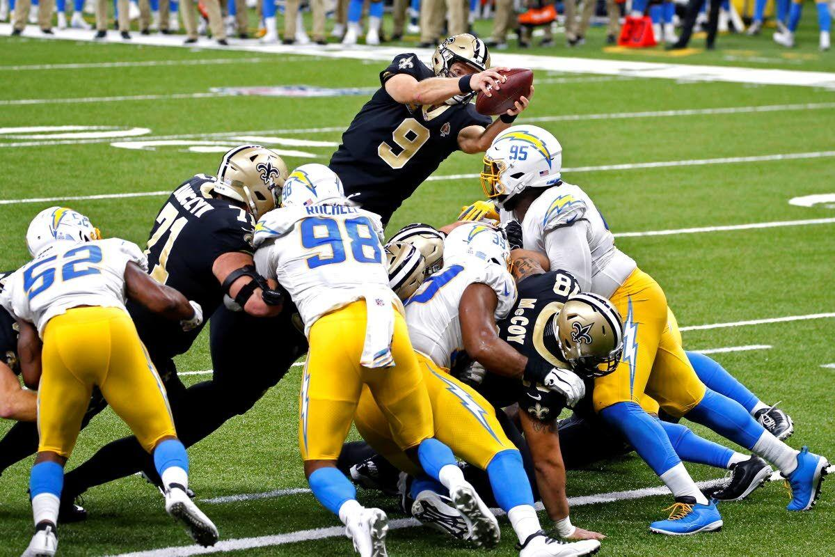 Brees, Lutz lift Saints past hard-luck Chargers