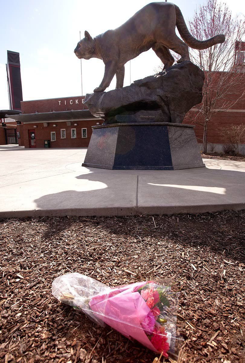 'Big-time Beek': Cougars keep the tributes, memories coming
