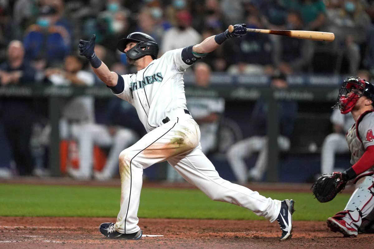 OF Haniger homers in 3rd straight game in win