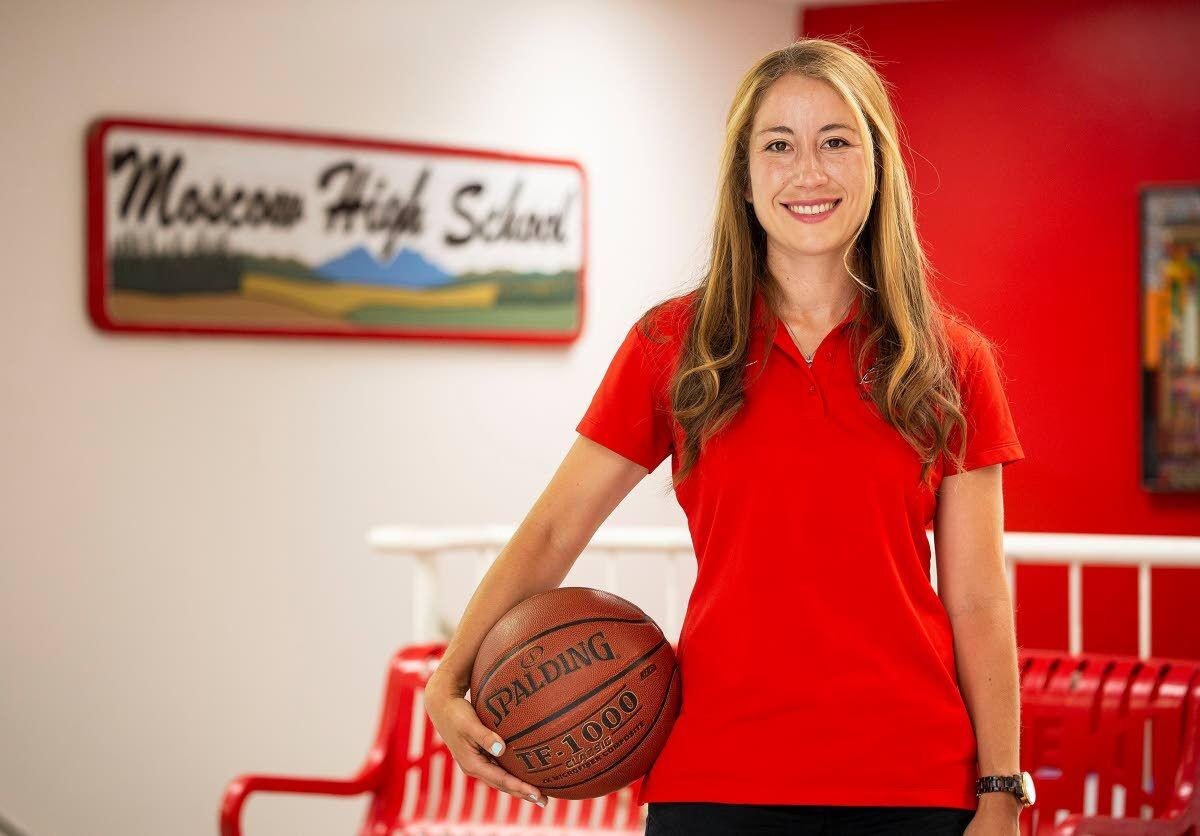 New Bears girls' hoops coach brings a winning background
