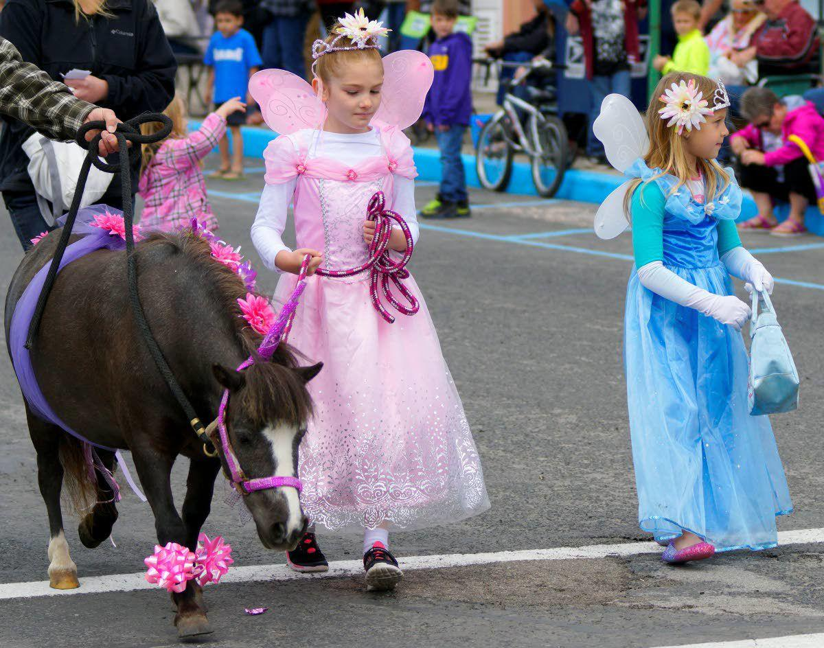 Downtown parade draws them in