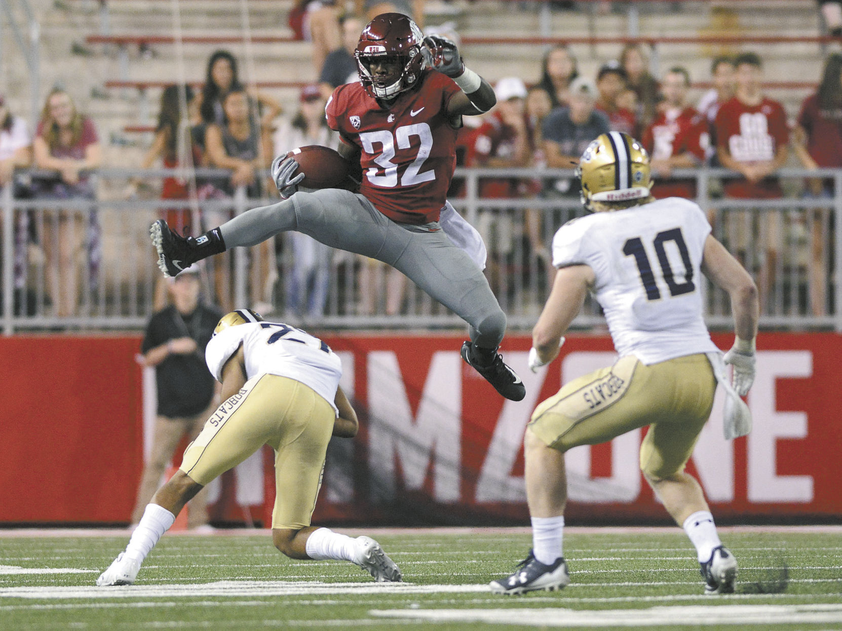 Cougs snap season-opener skid, beat Montana St. 31-0
