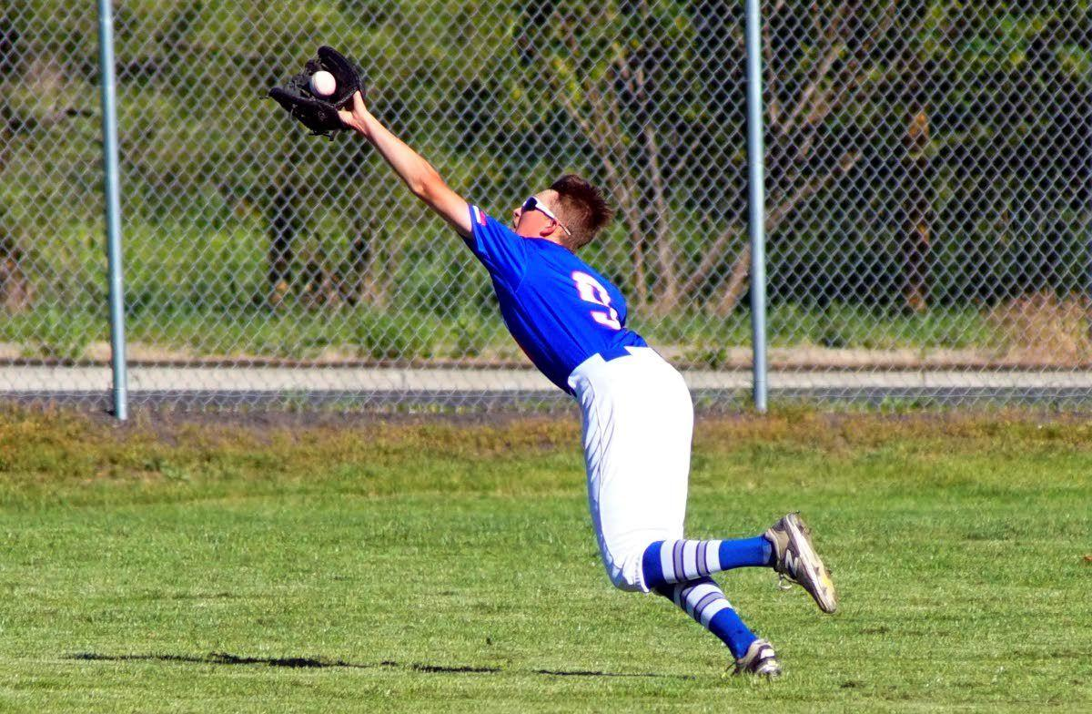 Area roundup: Moscow Blue Devils split doubleheader with Coeur d'Alene