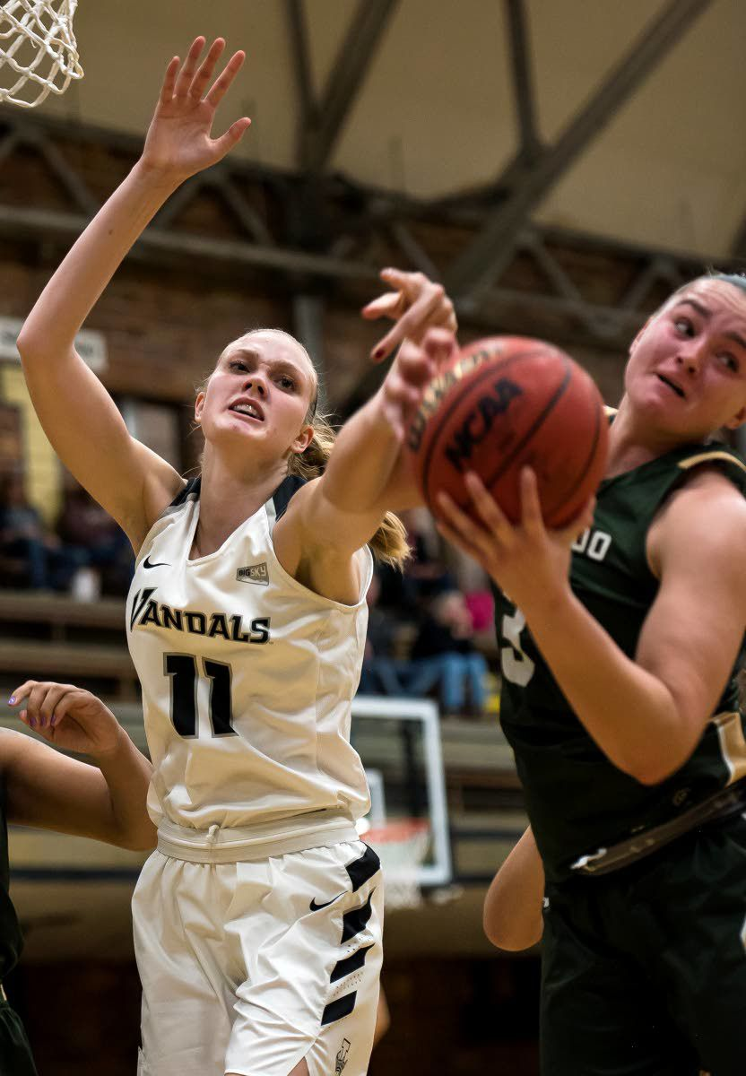 Bench shines in Idaho women's 1st victory