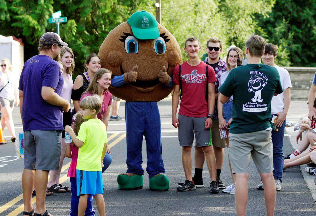 Adults, children, royalty enjoy Lentil Festival kickoff