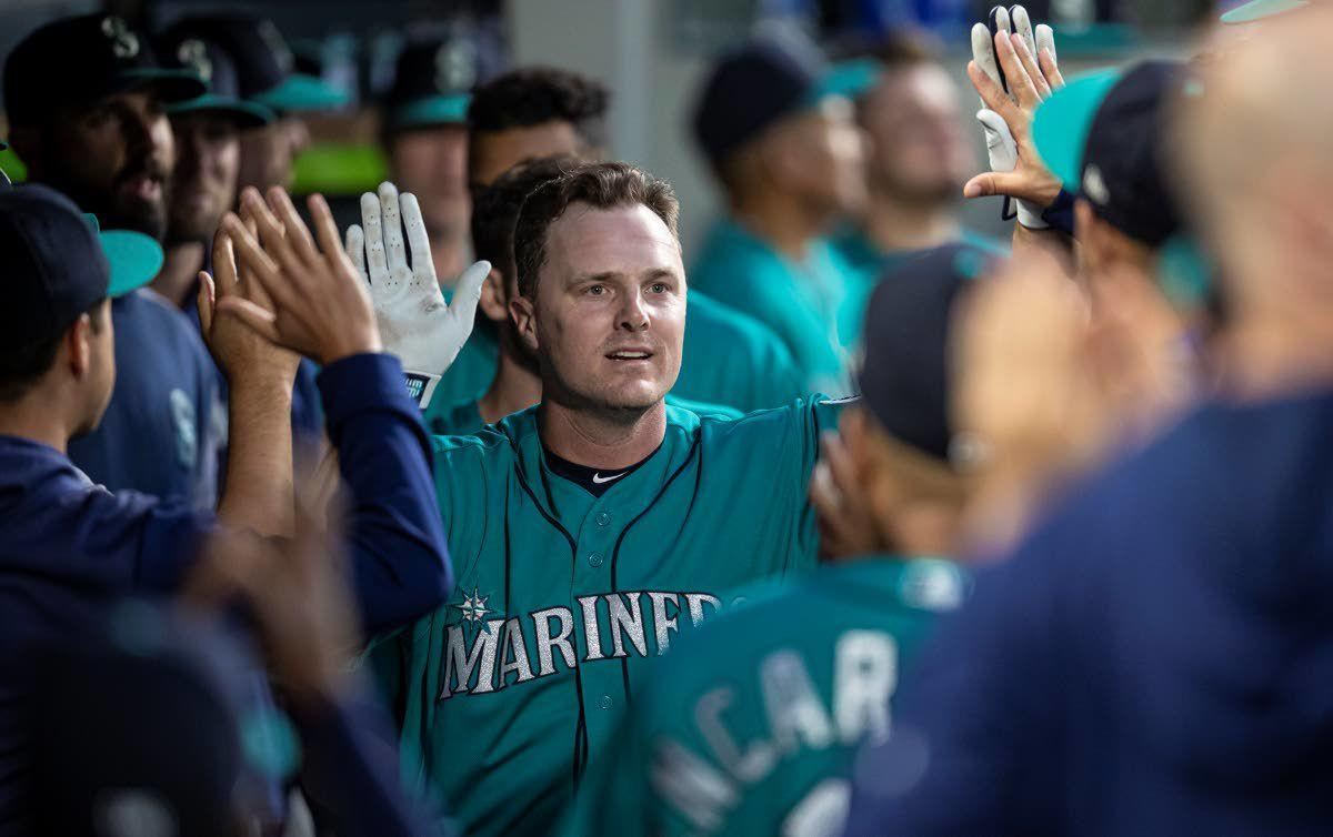 Bruce hits 300th HR to help Mariners beat Angels