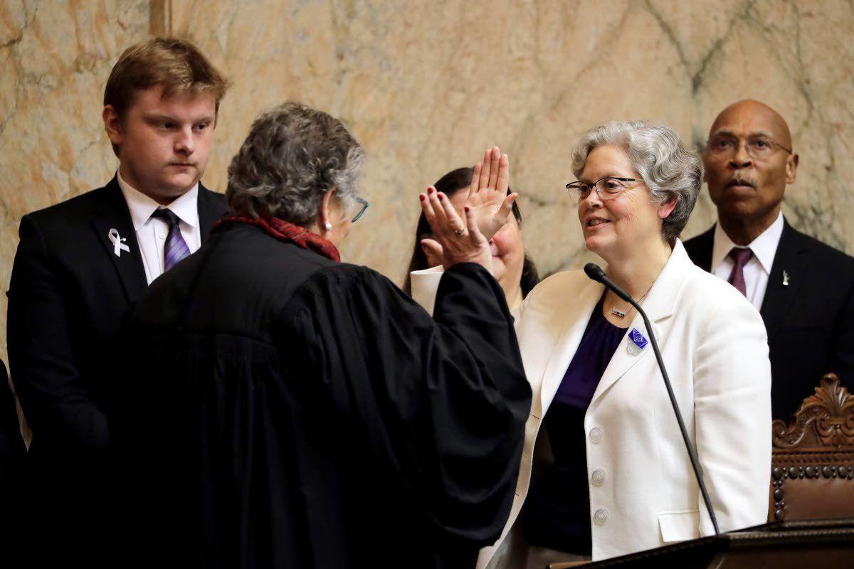 Wash. lawmakers convene legislative session