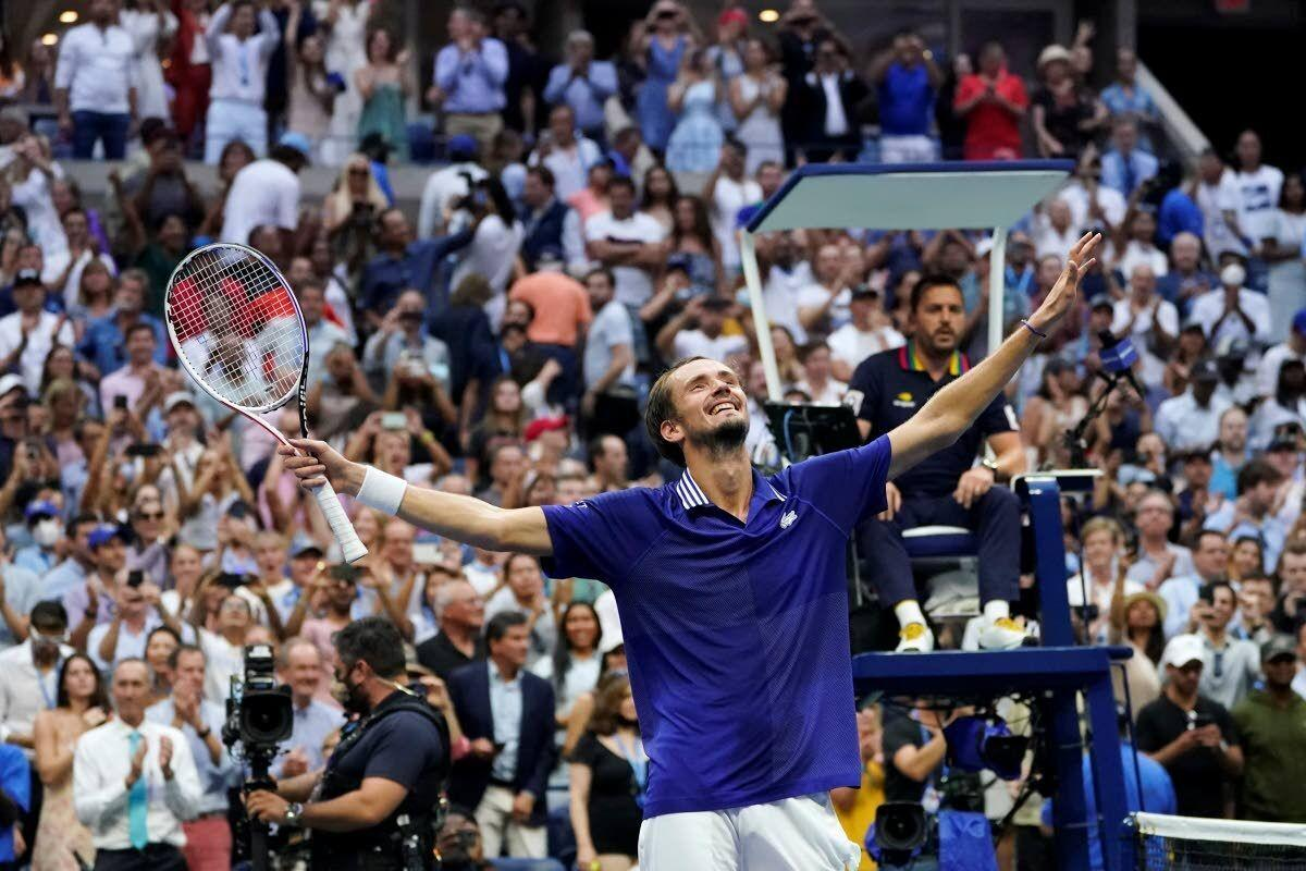 Djokovic's bid for year Slam ends against Medvedev