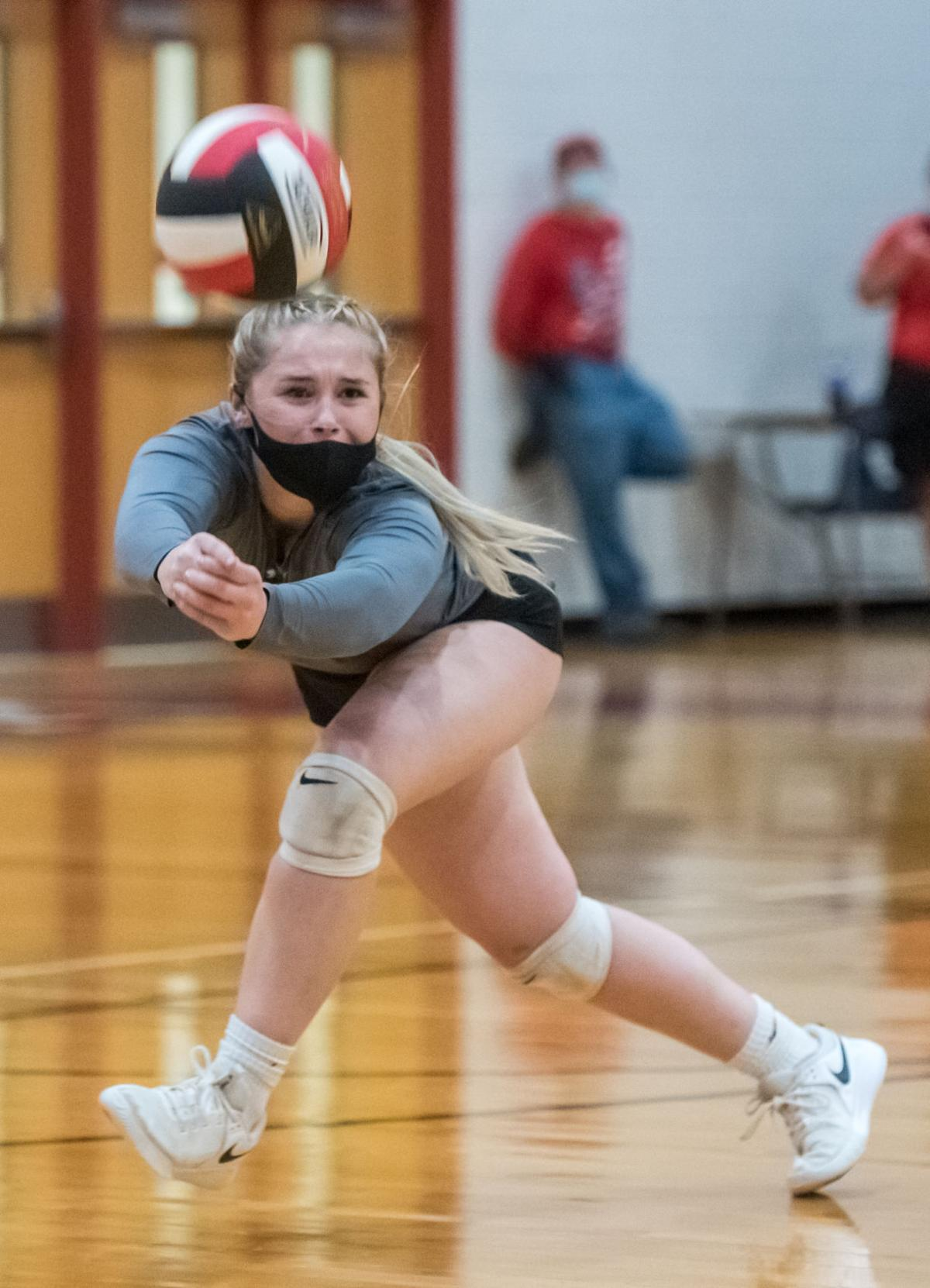 East Rockingham vs. Central Volleyball