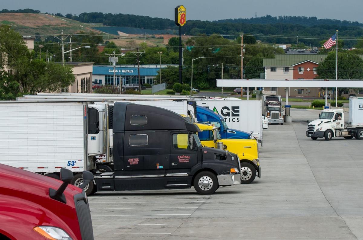 0803_dnr_Truck Stop_1