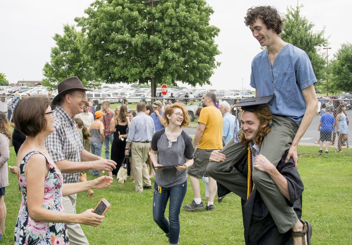 0608_dnr_turner ashby graduation 2019_1