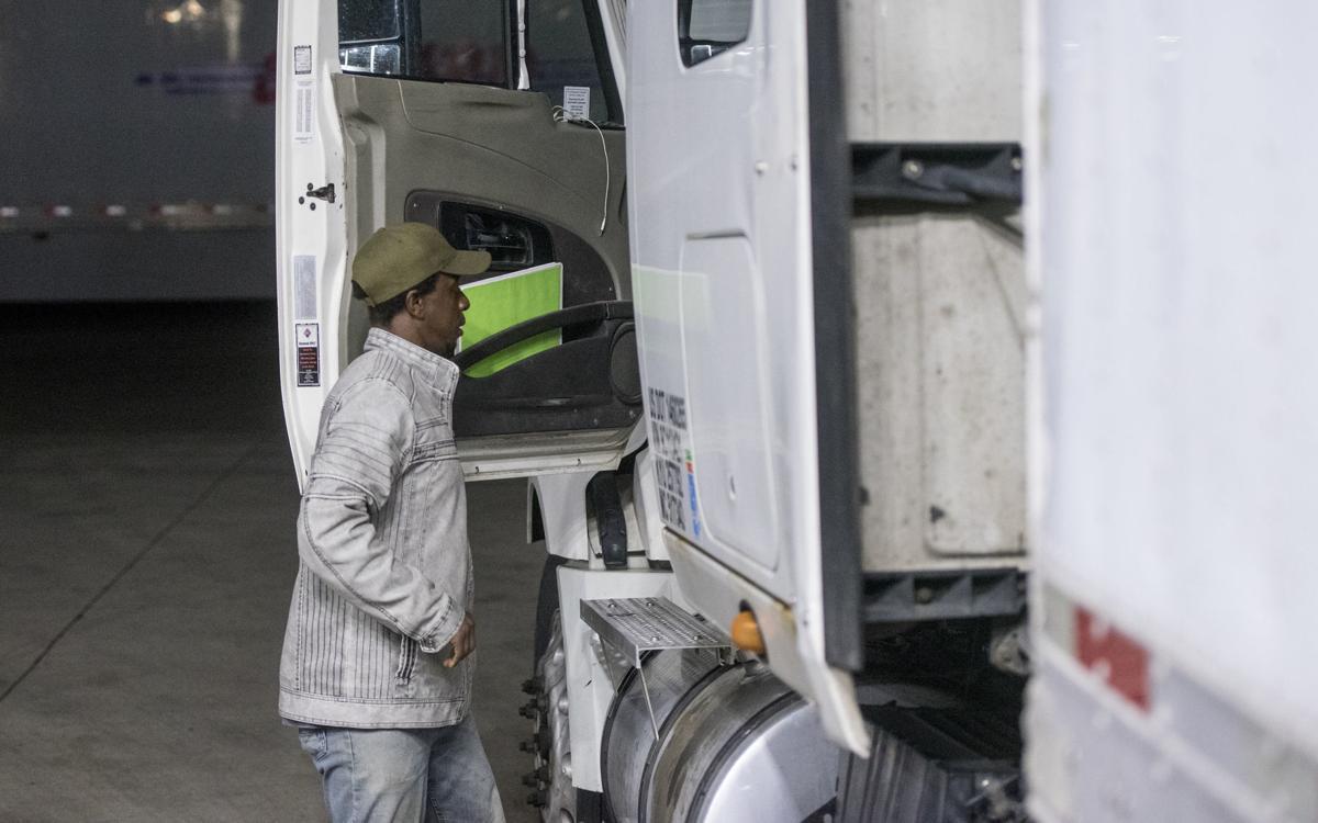 110919_dnr_TrucksA1Secondary